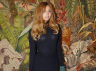 Zahia Dehar : Chic en robe noire au défilé Lanvin, avec Isabelle Huppert et Tyga