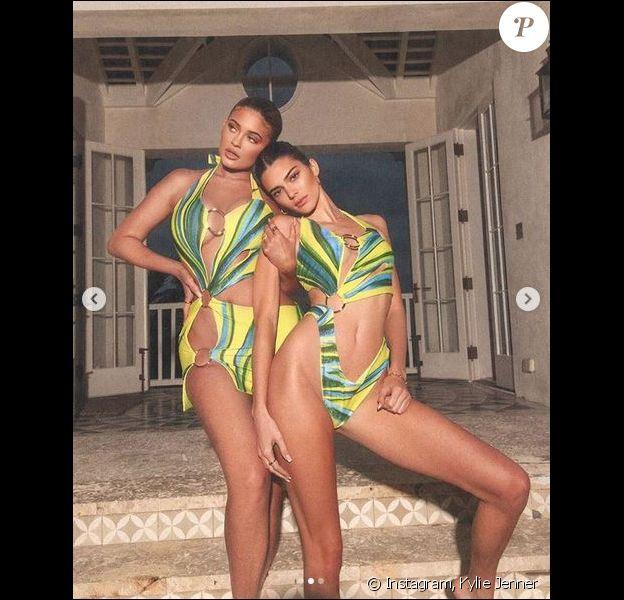 Kylie Jenner et sa grande soeur Kendall Jenner aux Bahamas. Mars 2020.
