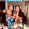 Laeticia Hallyday a fêté ses 45 ans à Los Angeles le 18 mars 2020, entourée de ses deux filles Jade et Joy et de quelques amis.