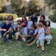 Kim Kardashian et ses enfants et neveux. Février 2020.