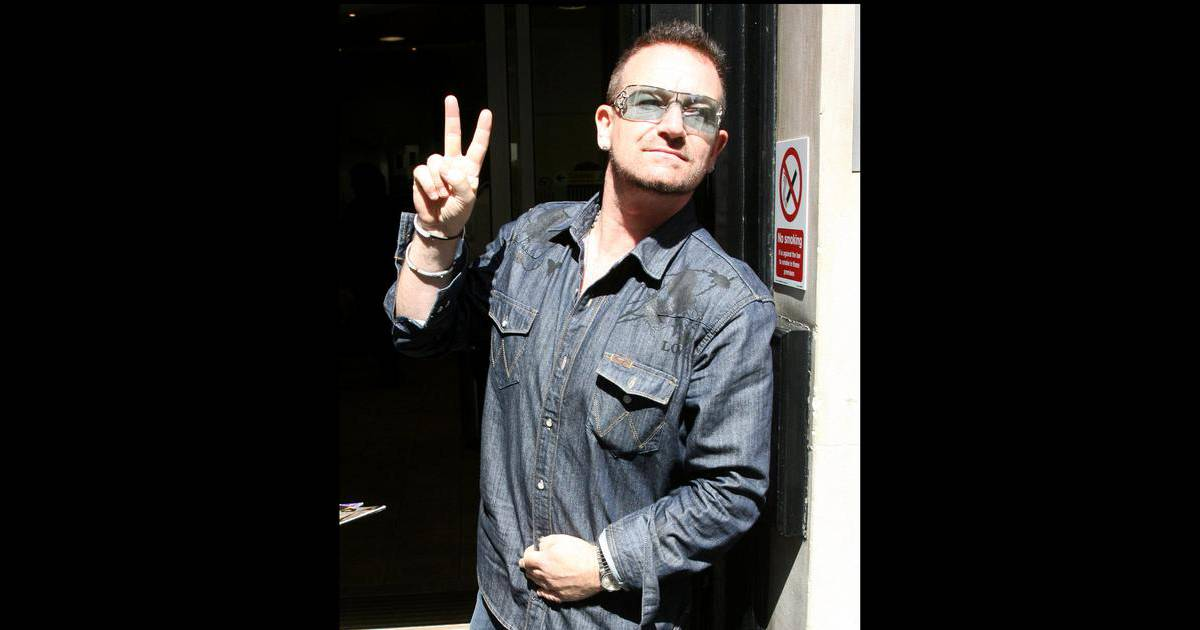 bono replante sa griffe gare un nouveau scandale purepeople. Black Bedroom Furniture Sets. Home Design Ideas
