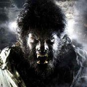 """La belle Emily Blunt... terrorisée par la bête Benicio Del Toro ! """"Wolfman"""" est arrivé ! Regardez !"""