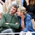 Exclusif - Karin Viard et Manuel Herrero - Célébrités dans les tribunes des internationaux de France de tennis de Roland Garros à Paris, France, le 9 juin 2019. © Jacovides-Moreau/Bestimage