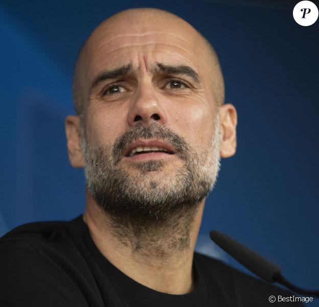Pep Guardiola - L'entraîneur de Manchester City lors d'une conférence de presse au stade Santiago Bernabeu à Madrid, Espagne, le 25 février 2020.