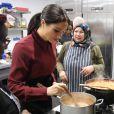 Meghan Markle (enceinte), duchesse de Sussex, rend visite à la Hubb Community Kitchen à Londres le 21 novembre 2018.
