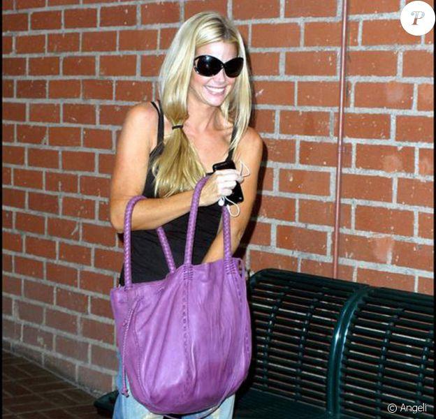 Denise Richards et son père Irv Richards se rendent dans un centre médical à Beverly Hills, le 25 août 2009.