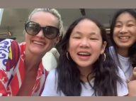 Laeticia Hallyday chante avec Jade et Joy pour célébrer une amie chère