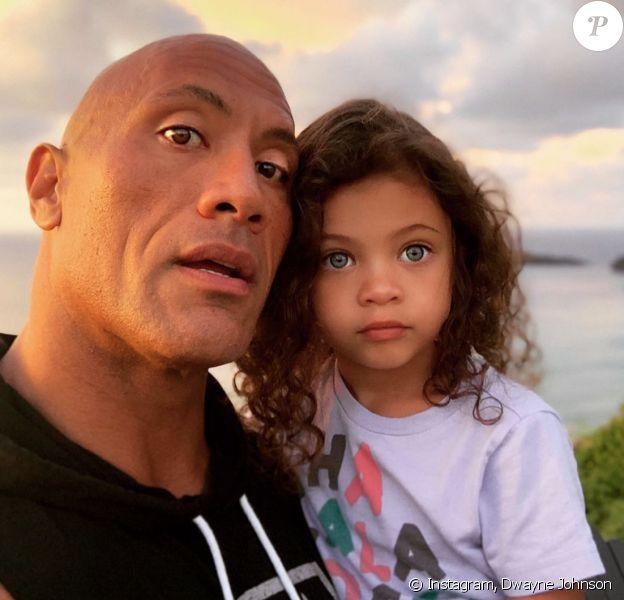 Dwayne Johnson et sa fille Tia. Mars 2020.