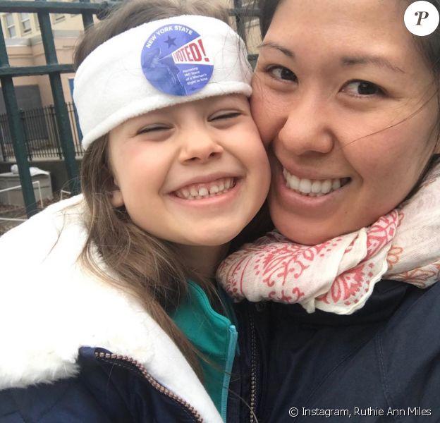 Ruthie Ann Miles et sa fille Abigail sur Instagram. Le 8 novembre 2017.