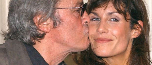 Astrid Veillon sauvée par Alain Delon :