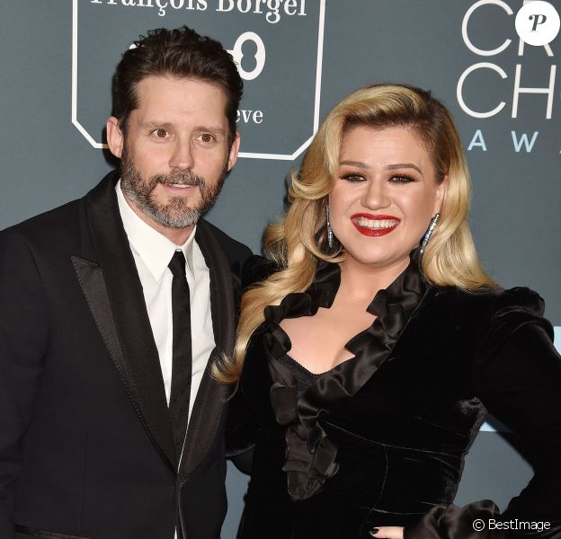 Brandon Blackstock et sa femme Kelly Clarkson - lors de la 25e édition de la soirée des Critics Choice Awards au Barker Hangar à Santa Monica, Los Angeles, Californie, Etats-Unis, le 12 janvier 2020.