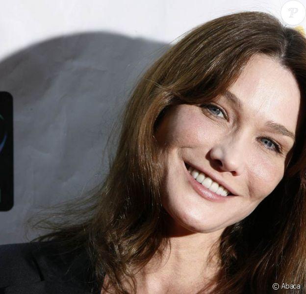 Carla Bruni, sa sulfureuse histoire avec Raphaël Enthoven bientôt portée au cinéma...