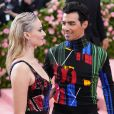 "Sophie Turner et Joe Jonas à la 71ème édition du MET Gala sur le thème ""Camp: Notes on Fashion"" au Metropolitan Museum of Art à New York, le 6 mai 2019. En février 2020, il est révélé que le couple attend son premier enfant."