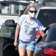 Exclusif -Joe Jonas et sa femme Sophie Turner (enceinte) passent une journée romantique à Santa Barbara le 25 mai 2020.