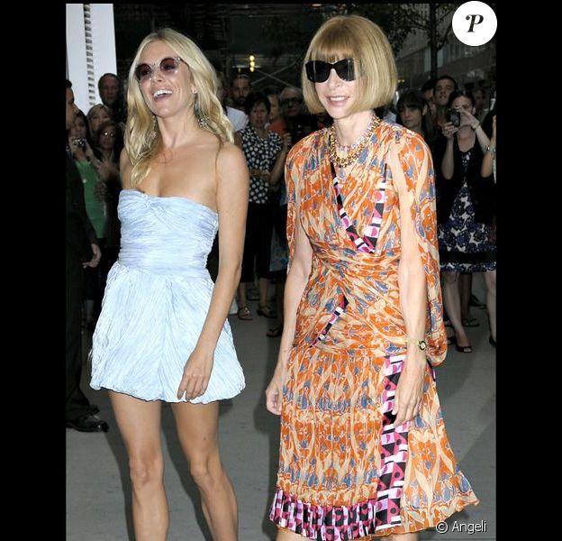 """Anna Wintour et Sienna Miller à la projection spéciale du documentaire """"The September Issue"""", le 19 août 2009 à New York"""