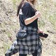 Exclusif - Fergie se balade seule dans le quartier de Brentwood à Los Angeles, le 9 juin 2019.