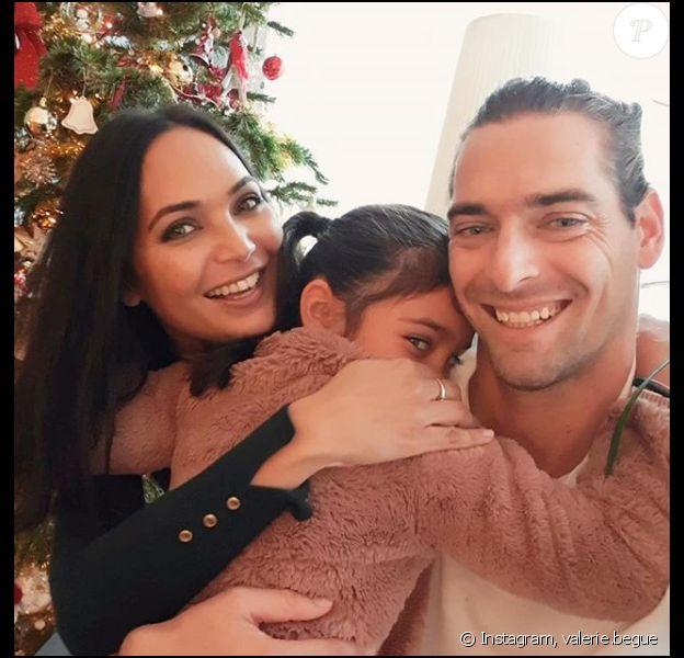 Valérie Bègue pose avec sa fille Jazz et son ex-mari Camille Lacourt, sur Instagram, le 6 janvier 2019