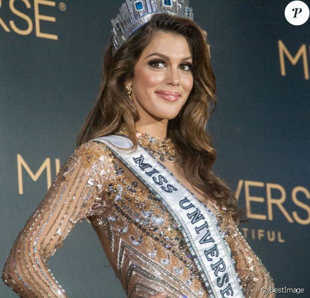 La Française Iris Mittenaere couronnée Miss Univers; choisie face à ses 85 concurrentes, la Française Iris Mittenaere a été élue lundi 30 janvier Miss Univers lors d'un concours télévisé organisé à Pasay, Philippines, le 30 janvier 2017.