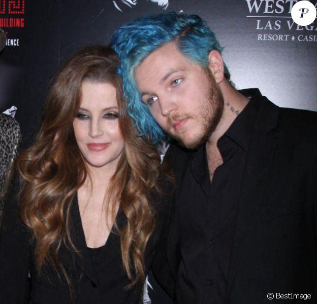 """Michael Lockwood, sa femme Lisa Marie Presley et son fils Benjamin Keough - Première du spectacle musical """"Elvis The Experience"""" à Las Vegas. Le 23 avril 2015"""