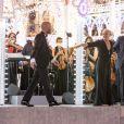 Le chanteur Giuliano Sangiorgi et Maria Grazia Chiuri lors de la présentation de la collection Dior Croisière 2021 à Lecce en Italie. Le 22 juillet 2020 © Olivier Borde / Bestimage