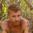 Philippe et son tatouage scorpion - Koh-Lanta 2014, épisode 7, diffusé le 31 octobre 2014 sur TF1.