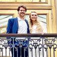 Paul Belmondo a partagé cette photo du pacs de son fils Alessandro avec sa chérie Méline, le 14 août 2020 à Paris.