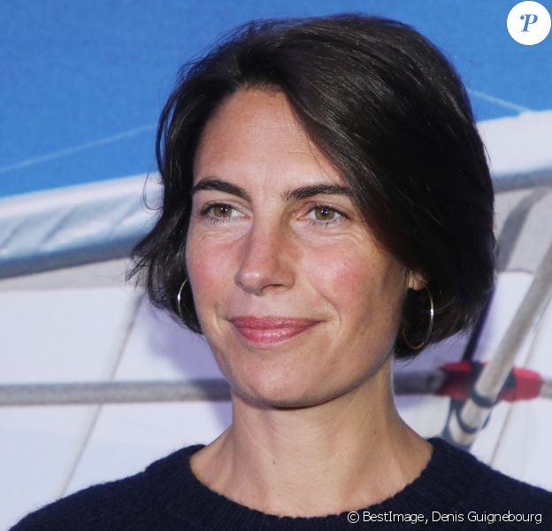 """Alessandra Sublet à l'avant-première du film """"Donne-moi des Ailes"""" au cinéma UGC Normandie à Paris. © Denis Guignebourg/Bestimage"""