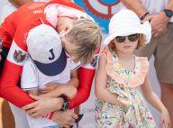 Charlene de Monaco : Sportive et câline avec ses jumeaux, Jacques et Gabriella