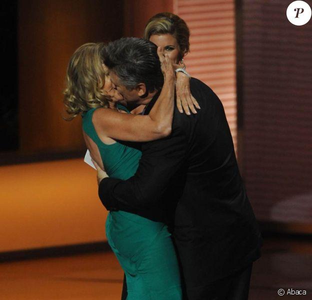 Jessica Lange et Alec Baldwin, dimanche soir à la cérémonie des Emmy Awards.