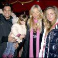 """Filip Nikolic, sa fille Sasha, sa compagne Valérie et Tanelle - Soirée caritative au cirque Arlette Gruss au profit de l'association """"Rêves""""."""