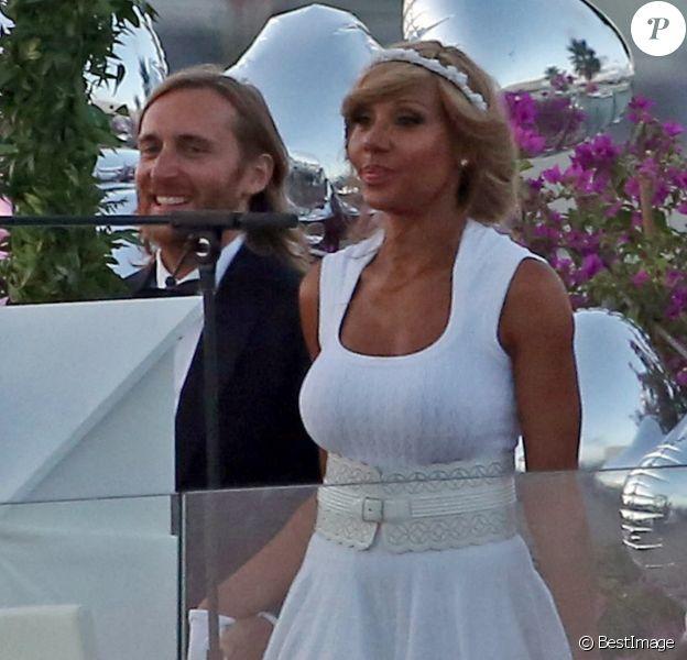 David Guetta et Cathy lors de la cérémonie pour leur 20 ans de mariage, au Lio à Ibiza