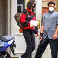 Exclusif - Bella Hadid arrive à un studio dans le quartier de Brooklyn à New York pendant l'épidémie de coronavirus (Covid-19), le 28 septembre 2020