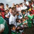 Dimanche 27 septembre sur l'île de La Réunion, Lilan Thuram vient à la rencontre des jeunes dans le cadre de sa fondation contre le racisme.
