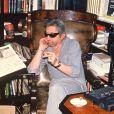 Serge Gainsbourg chez lui, rue de Verneuil, à Paris, en 1989.