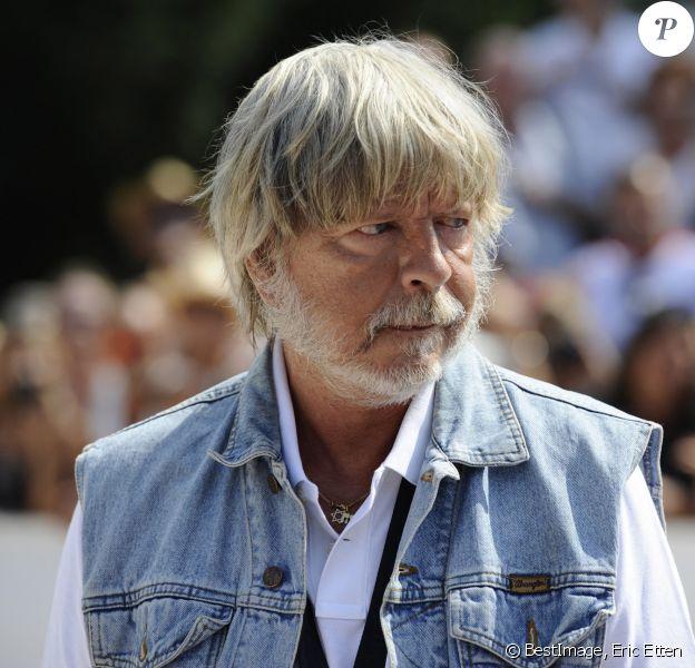Le chanteur Renaud - Tournoi de pétanque Grand Prix des Personnalités d 'Isle sur la Sorgue dans le Vaucluse (84). © Eric Etten / Bestimage