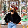 """Vitaa - Le Festival Halloween Disney vient officiellement de débuter à Disneyland Paris. C'est le moment de venir profiter du retour des Méchants Disney, des nombreux """" Points Selfies """" avec Mickey et ses Amis dans leurs tenues spéciales Halloween, de la décoration automnale du Parc Disneyland et bien sûr des attractions frissonnantes ! De nombreuses célébrités ont tenu à faire partie des premiers visiteurs de cette saison incontournable et plonger le plus tôt possible dans cette atmosphère méchamment drôle. Découvrez leurs expériences en images et retrouvez ci-dessous le programme du Festival Halloween Disney qui se déroule tous les jours jusqu'au 1er novembre 2020."""