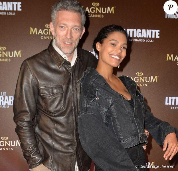 """Exclusif - Vincent Cassel et sa femme Tina Kunakey lors de l'after-party Magnum du film """"Les Misérables"""" et du film """"Litigante"""" dans une villa lors du 72ème Festival International du Film de Cannes, l'an passé. © Veeren/Bestimage"""