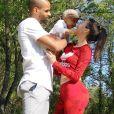 """Marilou de """"10 Couples parfaits"""" avec son compagnon et son fils Malone, avril 2020"""