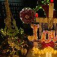 Veillée hommage à Johnny Hallyday le 5 décembre 2020, aux trois ans de sa mort, au cimetière marin de Lorient, à Saint-Barthélémy. Laeticia Hallyday, ses filles Jade et Joy, et son compagnon Jalil Lespert étaient présents.