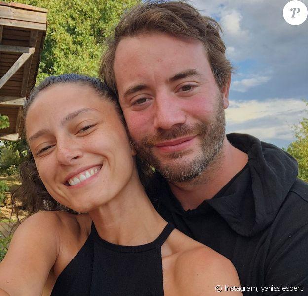 Yaniss Lespert et sa compagne Bétina sur Instagram, été 2020.