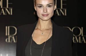 Le top model Kasia Smutniak présente Idole, le nouveau parfum signé Armani...