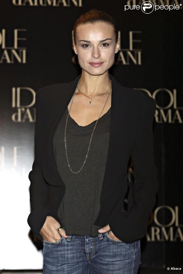 Kasia Smutniak la nouvelle égérie Armani, pour le parfum  Idole