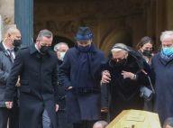 Obsèques de Claude Brasseur : sa veuve Michèle, la femme de sa vie, soutenue par leur fils