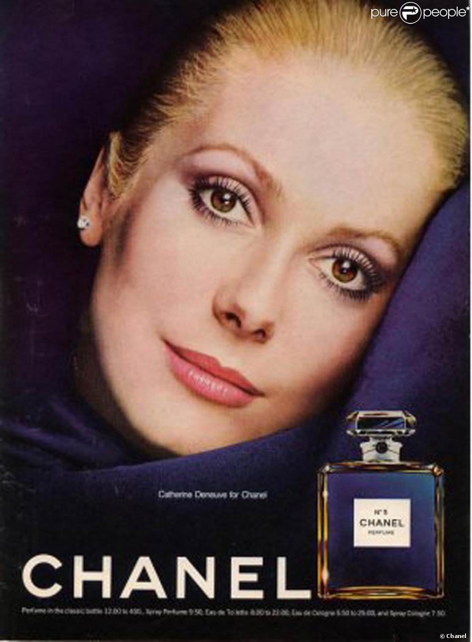 catherine deneuve pour la campagne du parfum chanel n 5 purepeople. Black Bedroom Furniture Sets. Home Design Ideas