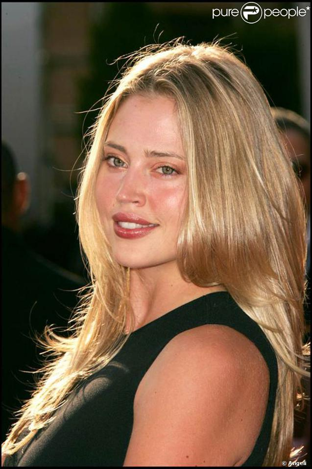 Le top model Estella Warren