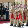 Rania de Jordanie lors de la visite officielle du couple présidentiel d'Azerbaïdjan, au palais royal d'Amman, le 12 octobre 2009