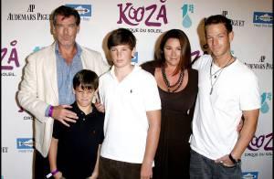 Pierce Brosnan, sa femme et ses fils... Les stars étaient en famille pour faire leur cirque !