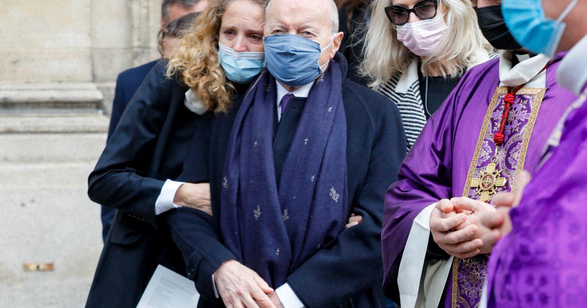 Obsèques de Lise Toubon : Jacques Toubon entouré, Claude Chirac et son mari présents - Pure People