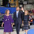 Le prince Felipe d'Espagne, la princesse Letizia et la reine Sofia lors des Asturias Awards 2009 le 23 octobre 2009