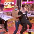 """Benjamin Castaldi dans l'émission """"Le 6 à 7 avec Casta"""" sur C8."""